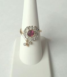 Antique-Old-Mine-Diamonds-Tourmaline-Yellow-Gold-Ring