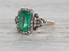 Jewelry Diamond : Two carat emerald antique Georgian engagement ring circa 1810 Emerald Jewelry, Diamond Jewelry, Emerald Rings, Ruby Rings, Emerald Cut, Emerald Diamond, Gold Jewelry, Silver Rings, Prom Jewelry