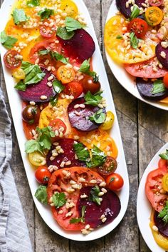 Heirloom Tomato & Beet Salad- Celebrate the best farmer's market produce with this fresh and oh-so-easy summer salad. Heirloom Tomato & Beet Salad- Celebrate the best farmer's market produce with this fresh and oh-so-easy summer salad. Easy Summer Salads, Summer Recipes, Summer Tomato, Summer Vegetable Recipes, Summer Snacks, Vegetarian Recipes, Cooking Recipes, Healthy Recipes, Beet Salad Recipes