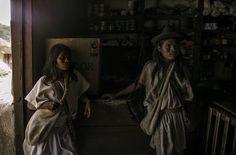 #photojournalism #documentalphotography #documenting #socialdocumentary #sociallandscape #aborigen #tribu #colombia #photojournal #colombianphotojournalist #humanity #peopleoftheworld #visualstorytelling #villamilvisuals by villamilvisuals