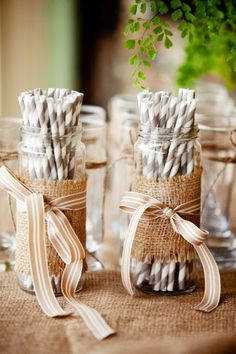 DIY Wedding Decoration: Mason jars wrapped with burlap and brown ribbon to hold straws. Chic Wedding, Rustic Wedding, Our Wedding, Burlap Mason Jars, Byron Bay Weddings, 50th Birthday Party, Rustic Birthday, Birthday Nails, Birthday Ideas