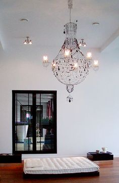 An artist's representative based in New Mexico featuring an exclusive group of artists and craftspeople from around the world with a unique design vision. Wire Chandelier, Lamp Inspiration, Candels, Wire Art, Styles, Doorway, Lightning, Diy Ideas, Sculptures