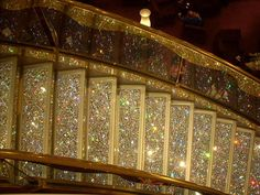 Glitter Stairs!!! I WANT THIS SO BAD! would be great for heading to craft room!