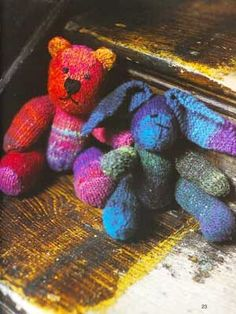 SoW Noro Bear - FREE pattern...One day I will be able to do this!!