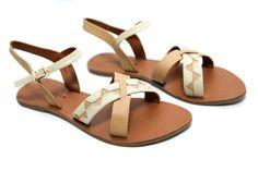 klik www.bebobshoes.com untuk melakukan proses pembelian.  email      : bebob.online@bebobshoes.com   YM           : bebob_shoes  Twitter      : @DELICISHOES  Fanpage      : Be-bob Shoes  Pin BB     : Sandal dengan pilihan warna khaki dan milky yang memiliki motif unik menyilang yang simple namun classy.  No Hp     : 081222650996