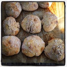no-knead ciabattas (recipe in norwegian). i've made these several times; they are super easy and super tasty.