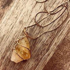 Citrine The Merchant Crystal 💰Brings Success & Prosperity. Citrine is a happy Crystal & brings happiness to the person who carries or wears it. Crystals And Gemstones, Pendants, Drop Earrings, Jewelry, Jewlery, Jewerly, Hang Tags, Schmuck, Drop Earring