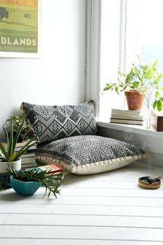 New Yoga Studio Interior Design Zen Room Ideas Meditation Rooms, Pillows, Yoga Room Design, Home Decor, Floor Pillows, Zen Space, Room Design, Room Decor, Room Interior