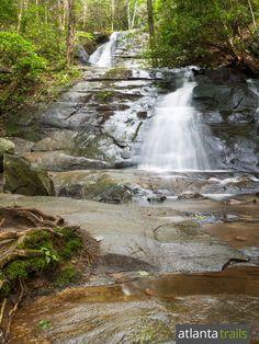 Hike to Fall Branch Falls, a family and kid-friendly hike near Blue Ridge on the Benton MacKaye Trail