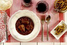 Alubias de Tolosa. Receta para Crock Pot Recetas Crock Pot, Stew, Slow Cooker, Easy Meals, Menu, Crockpotting, Food, Gastronomia, Paper