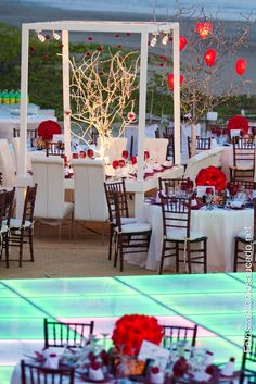 Beach Weddings We Love Wedding Reception Venues Halls Themes Photos