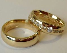 His and Hers wedding bands Couple Rings Gold, Engagement Rings Couple, Gold Ring Designs, Gold Earrings Designs, Gold Wedding Rings, Wedding Ring Bands, Couple Ring Design, Gold Rings Jewelry, Silver Bracelets
