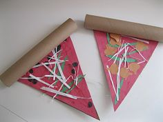 Paper pizza craft: paper shreds for cheese, various cut-out toppings, TP tube for crust School Projects, Projects For Kids, Diy For Kids, Crafts For Kids, Arts And Crafts, School Ideas, Art Projects, Alphabet Crafts, Alphabet Art