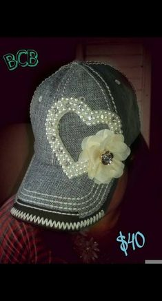 Fancy Hats, Cool Hats, Bone Bordado, Hat Decoration, Embroidered Baseball Caps, Diy Hat, Outfits With Hats, Snapback Hats, Hats For Women