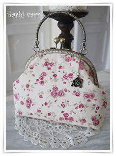Romantic frame bag