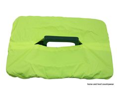 Bitz Tack Tray Cover Nylon Keep your tack tray free from dirt and dust with this nylon tack tray cover A variety of different colours are avainable.