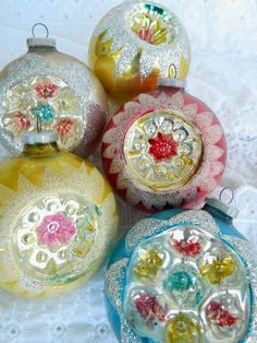 """5 Vintage West Germany DBGMa Glass Christmas Tree Ball Ornaments Indents 3"""" Lg"""