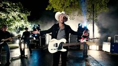 """""""Til my last day, I'll be lovin' you."""" ♥ Music video by Justin Moore performing Til My Last Day. (C) 2012 The Valory Music Co. Country Wedding Songs, Wedding Music, Country Music Videos, Country Singers, Country Playlist, Kinds Of Music, Music Love, 6 Feet Under, Wedding Playlist"""