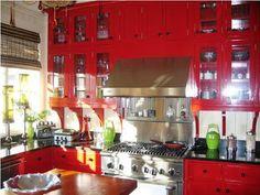red kitchen decor | beachcottagelove.blogspot.com - red kitchen decor