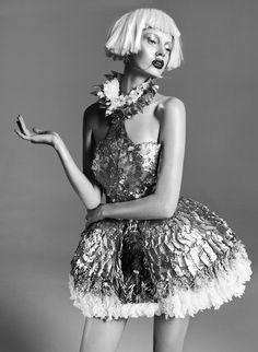 Fashion as Art - painted feather dress; sculptural fashion // Ph. Lukasz Pukowiec for Sleek Magazine