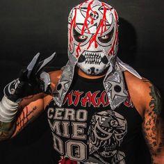 gonna kill the Young Bucks tonight. Rey Mysterio 619, Wwe, Mexican Wrestler, Wrestling Stars, Lucha Underground, Wrestling Superstars, Cool Masks, Professional Wrestling, Pentagon