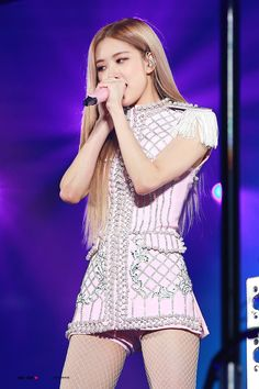 181111 Blackpink In Your Area Concert Seoul Blackpink Fashion, Fashion Outfits, Actrices Sexy, Blackpink Photos, Jennie Lisa, Stage Outfits, Models, Look At You, Ulzzang Girl