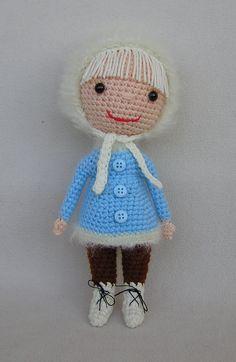 Little Snow Girl ☺ Free Crochet Pattern ☺ ✿⊱╮Teresa Restegui http://www.pinterest.com/teretegui/✿⊱╮