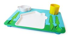 Feeding kids can be an adventure. With landscape dinner set children have fun while they learn how to set the table. Each utensil fits in the designed place on the tray. Now meal-time can be both fun and educational at the same time. Dinners For Kids, Kids Meals, Camping Meals, Little People, Little Ones, Dinner Set Design, Kids Dinner Sets, Store Concept, Design3000