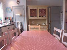 gillyflower: Annie Sloan Chalk Paint - dresser painted in Old Ochre, inside cupboards in Antoinette - 2013