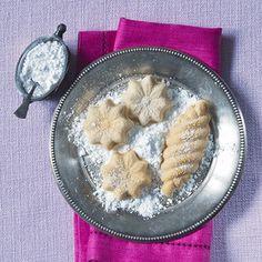 supersnadné cukroví Cute Cookies, Sugar Cookies, Czech Recipes, Macaroons, Christmas Cookies, Oatmeal, Chicken, Baking, Breakfast