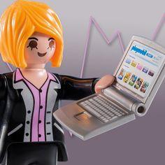 #PLAYMOBIL Business Woman |  #toys #figures #figure #series8 #woman #businesswoman #business #workacholic #work #occupation #notebook #laptop #computer #carreer #ShareTheSmile