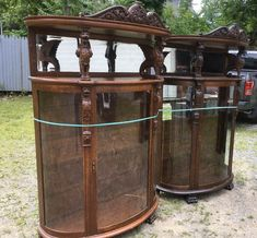 Victorian Furniture, China Cabinet, Liquor Cabinet, Home Decor, Crockery Cabinet, Decoration Home, Room Decor, House Bar, Interior Decorating