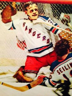 Gilles Villemure Rangers Hockey, Hockey Goalie, New York Rangers, New York Giants, Field Goal Kicker, Nhl, Blue Shirts, Goalie Mask, Ny Yankees