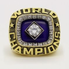 Real Handmade Gold plated New York Yankees 1978 World Series MLB Championship Ring with blue sapphire and sparkling clear cubic zirconias is very noble. It is a unique and a timeless gift to your friends and families, and this is a truly perfect one o 1978 World Series, World Series Rings, Yankees Fan, New York Yankees, Yankees World Series, Ring Of Honor, Sports Today, Championship Rings, Los Angeles Dodgers