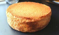 Biskuitboden für Torten und Kuchen, ein sehr schönes Rezept mit Bild aus der Kategorie Kuchen. 134 Bewertungen: Ø 4,6. Tags: Backen, Basisrezepte, Kuchen