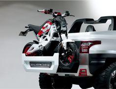 Suzuki Extrigger Concept unveiled at the Tokyo Motor Show 2014