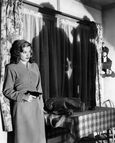 Jane Greer in OUT OF THE PAST (1947)