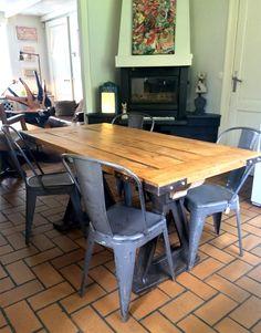 Idées Déco De Table Table En Chene Produit Intérieur Brut Et - Table pied metal plateau chene pour idees de deco de cuisine