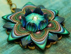 Flower Necklace by IKANDI CLAY | Polymer Clay Planet ~ GORGEOUS!!! A