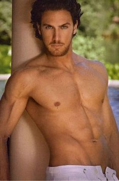 Eugenio Siller - mexican actor I love me some Mexican! Latino Actors, Hot Actors, Spanish Men, Latin Men, Hot Hunks, Good Looking Men, Male Beauty, Cute Guys, Gorgeous Men