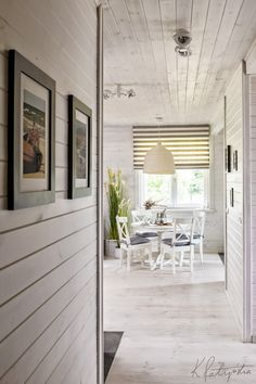 3 low-maintenance flooring options perfect for the bach Design A Space, Relaxing Holidays, Cozy Cottage, Cottage Ideas, 5 W, Flooring Options, Built Environment, Living Area, Teak