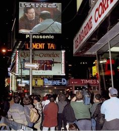 """New Yorkers stop to watch the """"Seinfeld"""" finale, Times Square, 1998 [602 × 661]"""