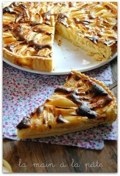 tarte aux pommes et au mascarpone Lemon Recipes, Pie Recipes, Sweet Recipes, Dessert Recipes, Cooking Recipes, Apple Desserts, Delicious Desserts, Mousse Au Chocolat Torte, Mascarpone Cake