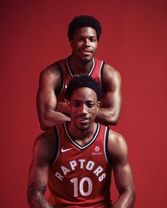 Lowery and DeRozan Toronto Raptors, Sports Basketball, Basketball Players, Raptors Wallpaper, Cartoon Wallpaper, Nba Wallpapers, Simple Wallpapers, Rap City, Kyle Lowry