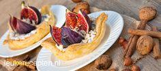 Een heerlijke herfst combi; bladerdeegtaartjes met kaneel-mascarpone, verse vijgen en noten.