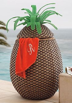 Pineapple Towel Hamper contemporary-outdoor-decor Choose the garden occasion design and also color, maybe echo this Living Pool, Outdoor Living, Contemporary Outdoor Decor, Decorative Leaves, Fru Fru, Tropical Decor, Coastal Decor, Tropical Furniture, Tropical Bathroom