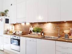 83 veces he visto estas serenas barras de cocinas. Home Decor Kitchen, Kitchen Interior, Home Kitchens, Modern Kitchen Cabinets, Kitchen Cabinet Design, Kitchen Eating Areas, Simple Kitchen Design, Scandinavian Kitchen, Little Kitchen