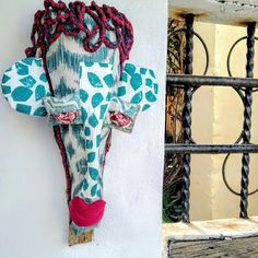 Textile and Palm Contemporary African Masks - &Banana Concept Store Vibrant Colors, Colours, African Masks, Great Artists, Palm, Kimono Top, Banana, Textiles, Hand Painted