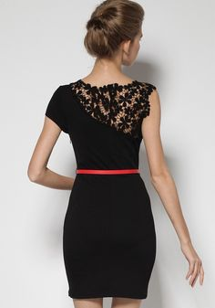 Black Patchwork Hollow-out Lace Shoulder Wrap Cotton Dress wow not that expensive