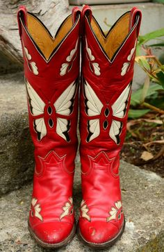 70's Tony Lama Ruby Butterfly Cutout Cowboy Boots 7.5.
